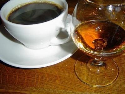 koktejli-na-konyakе с кофе