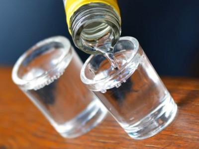 Лечебные свойства водки, настойки, польза