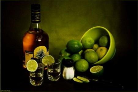 kak-pit-tekilu-s-solju-i-limonom-