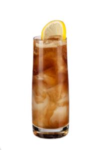 Напиток с ромом и амаретто