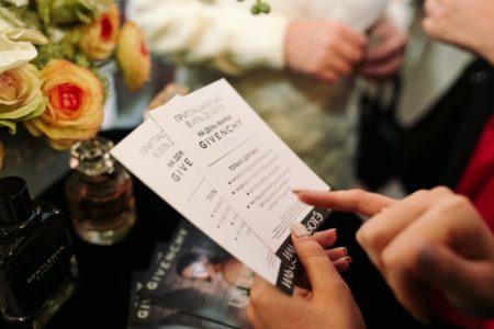 Как правильно пригласить гостей на торжества?