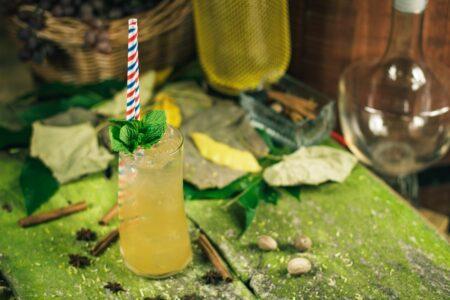 Blooming Orchard - крепкий напиток с бренди и персиковым ликером.