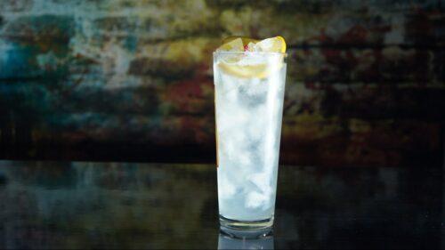 Ревень Тома Коллинза - самый популярный джин-напиток.