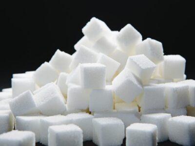 Как приготовить сахарный сироп для напитков и коктейлей.