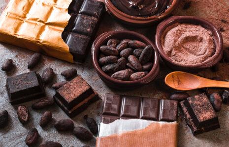 Шоколадно-ореховая паста. Мед натуральный нефильтрованный.