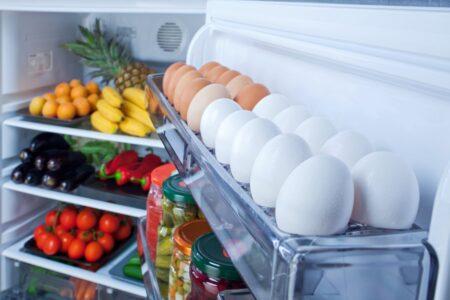Вы храните яйца на дверце холодильника? Вы можете заплатить за эту ошибку своим здоровьем