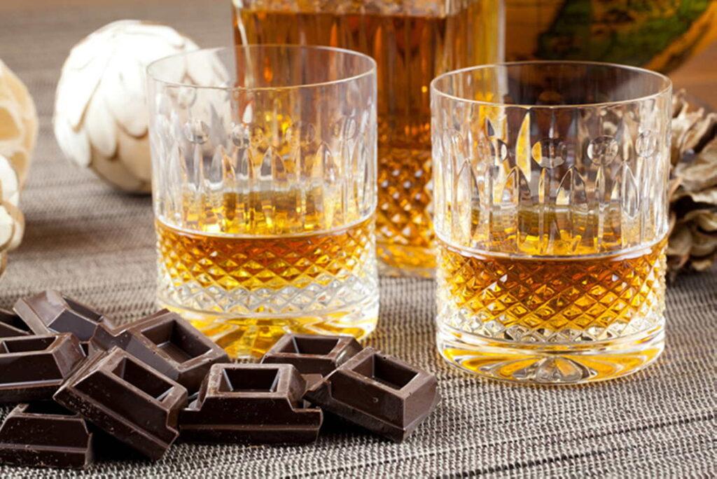 С чем пить виски? Джек Дэниэлс, Red Label, Ballantines с соком, тоником или колой?