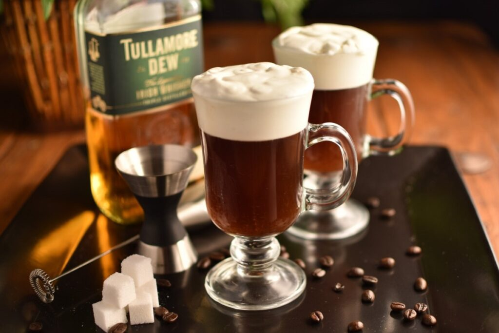 Кофе с виски - как приготовить лучшее?