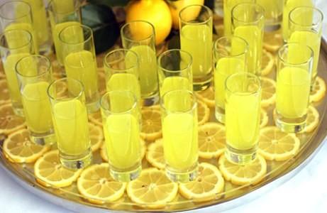 -limonchello--limonnyj-liker