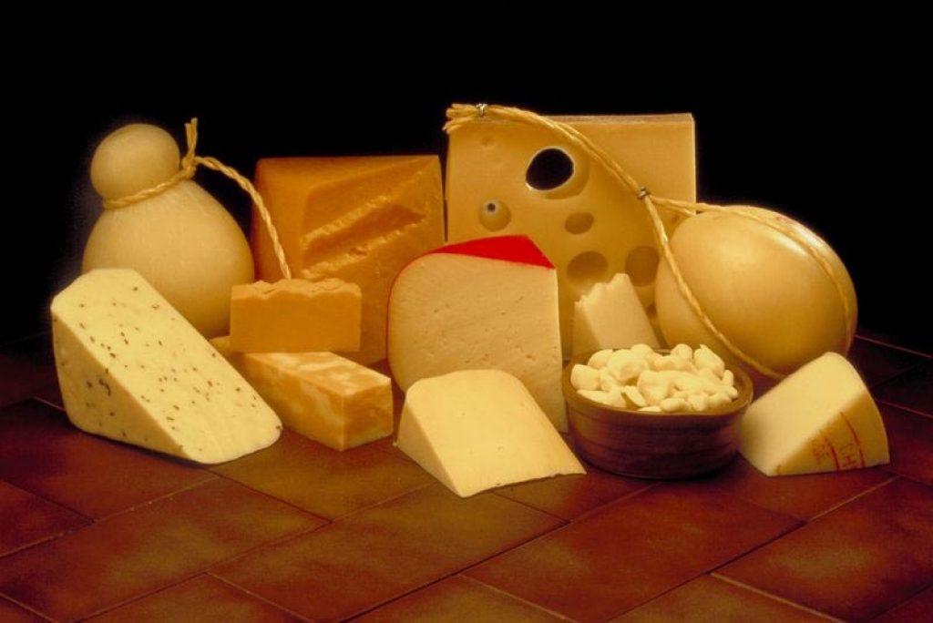 Ассортимент сыров